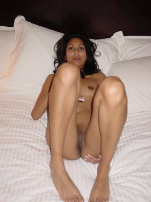Bayene incall escorts service Foothill Farms, CA